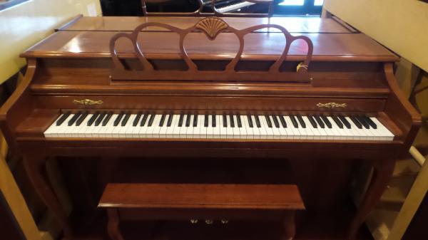 Baldwin Spinet Piano - STK# H1499912